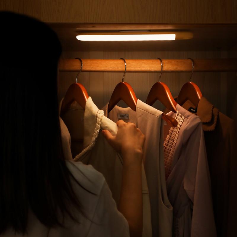 Светильник Baseus Sunshine Series Human Body Induction Wardrobe Light - Купить в Украине за 559 грн - изображение №3