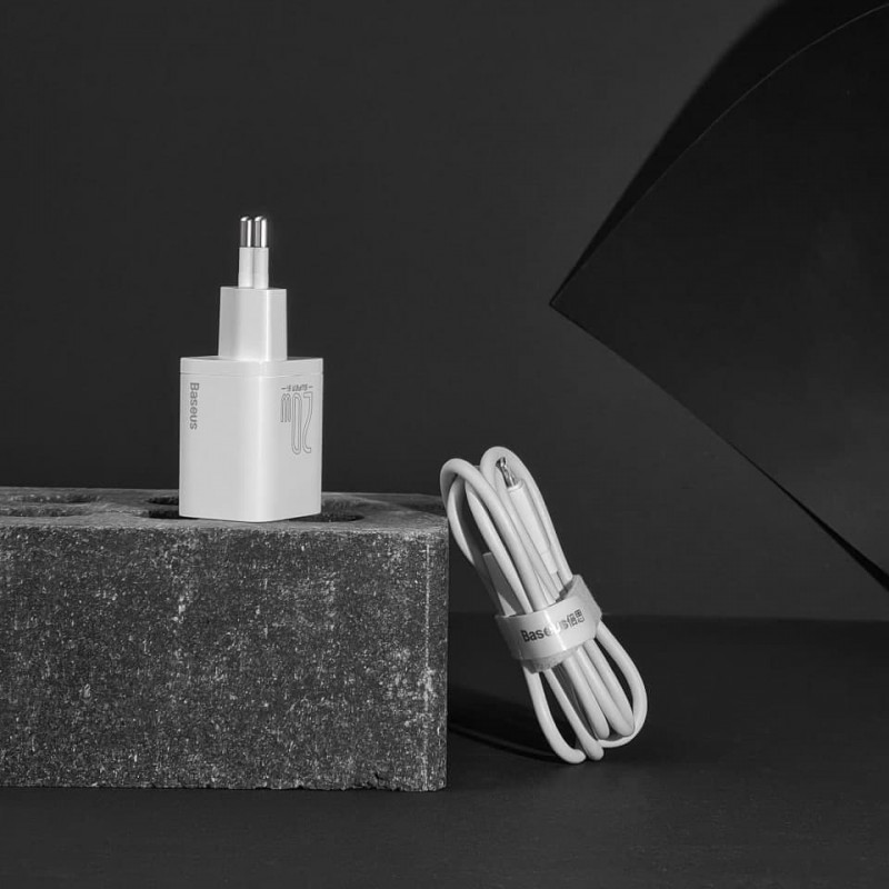 СЗУ Baseus Super Silicone PD Charger 20W (1Type-C) + With Cable Type-C to Lightning - Купить в Украине за 489 грн - изображение №3